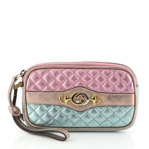 NWT GUCCI Quilted Leather Trapuntata Wristlet Case